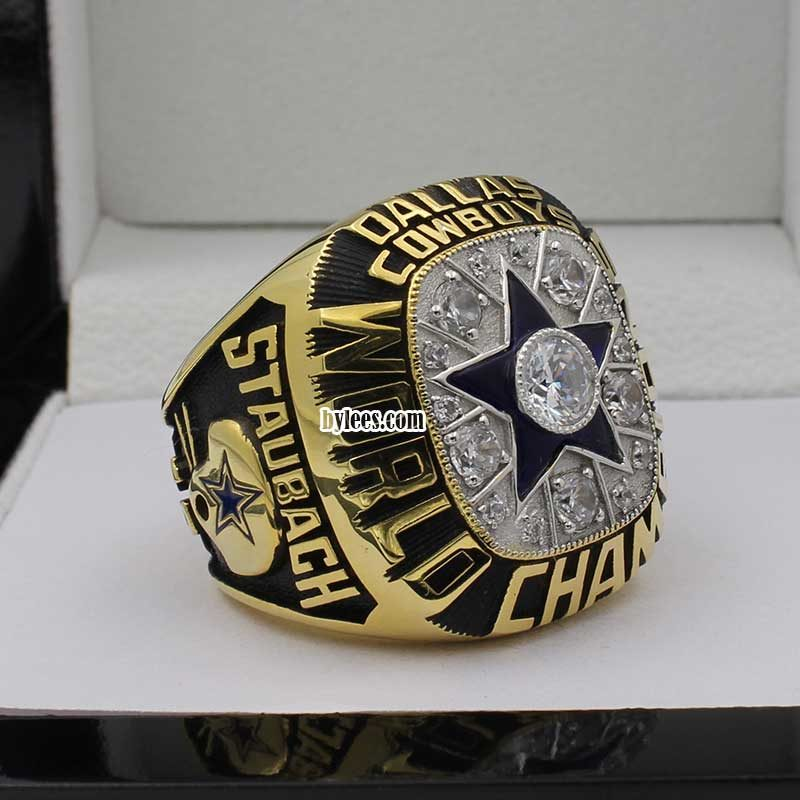 roger staubach super bowl rings ( this is the 1st super bowl ring for Roger Staubach, and he was the MVP in this season)