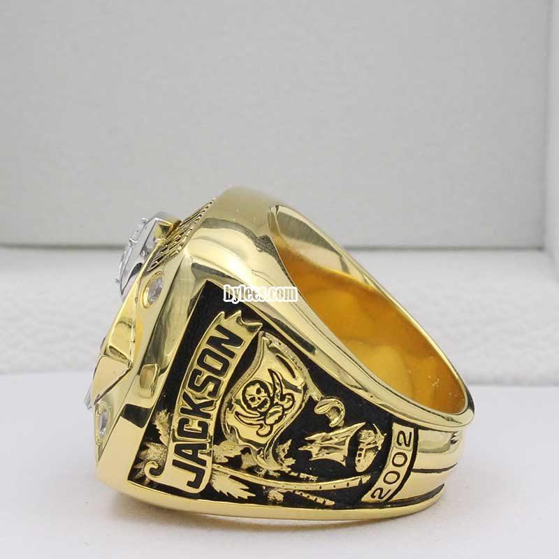 buccaneers superbowl ring 2002