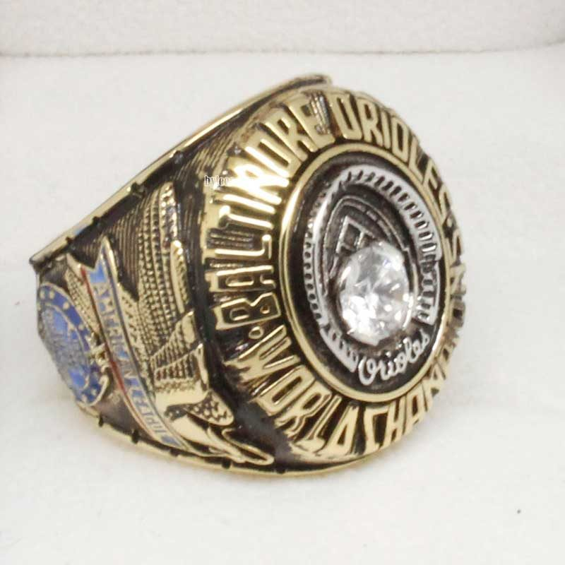 Left side view of 1970 Baltimore Orioles World Series Championship Ring