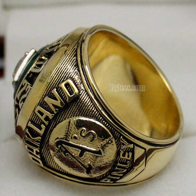 Oakland a's 1972 World Series Ring