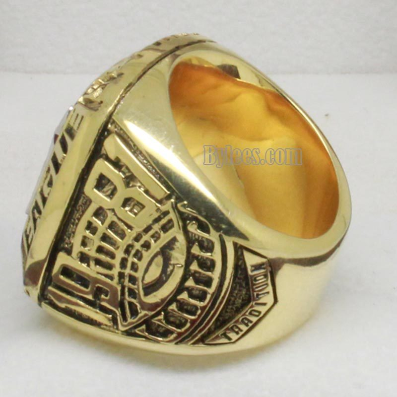 1976 New York Yankees Championship Ring