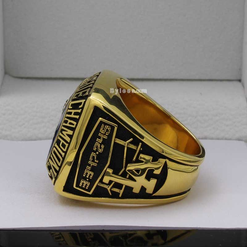 Left side view of dodgers rings (1978 NL Champions)