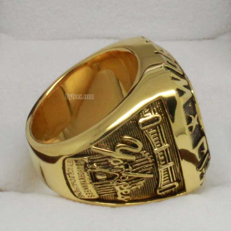 Right side view of 1978 yankees world series ring