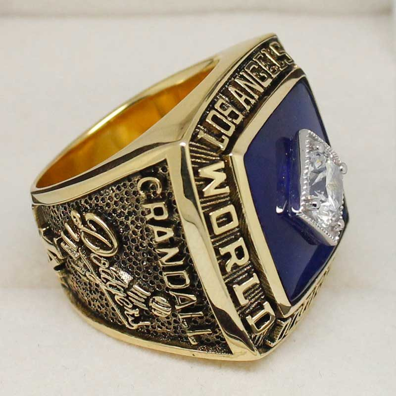 dodgers replica world series ring (1981)