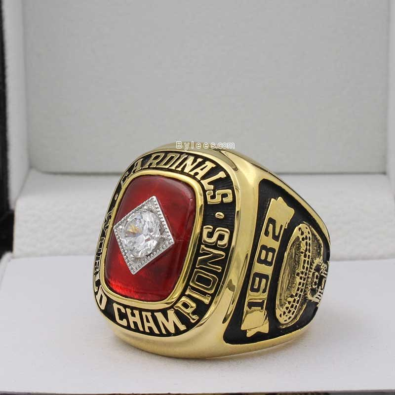 replica 1982 world series ring
