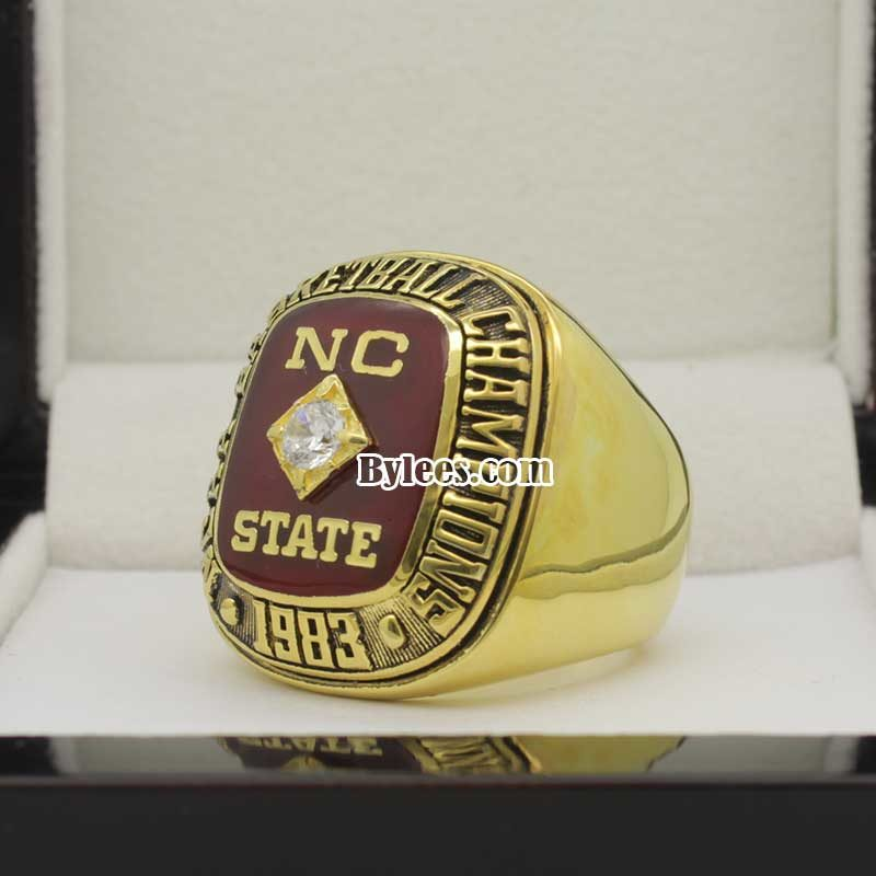 1983 NC State Wolfpack Basketball Championship Ring