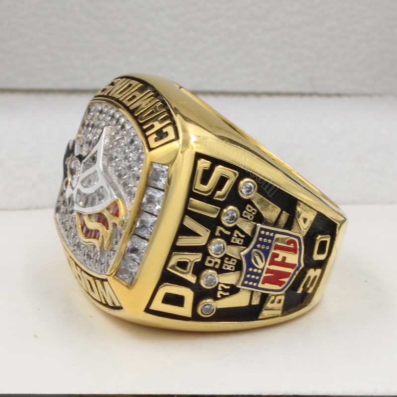 1997 Denver Broncos Super Bowl Ring