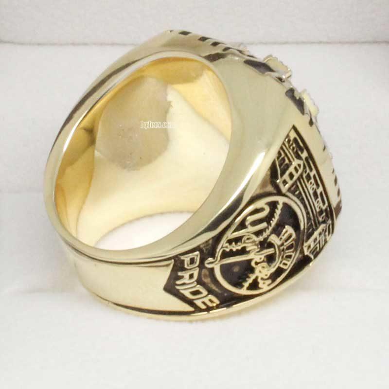 2000 yankees championship ring