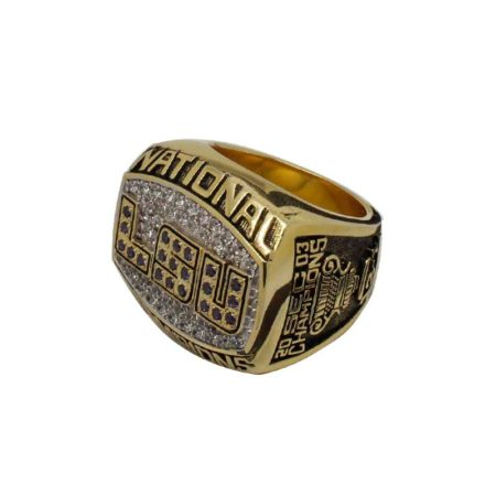 2003 LSU Tigers National Championship Ring (Thumbnail)
