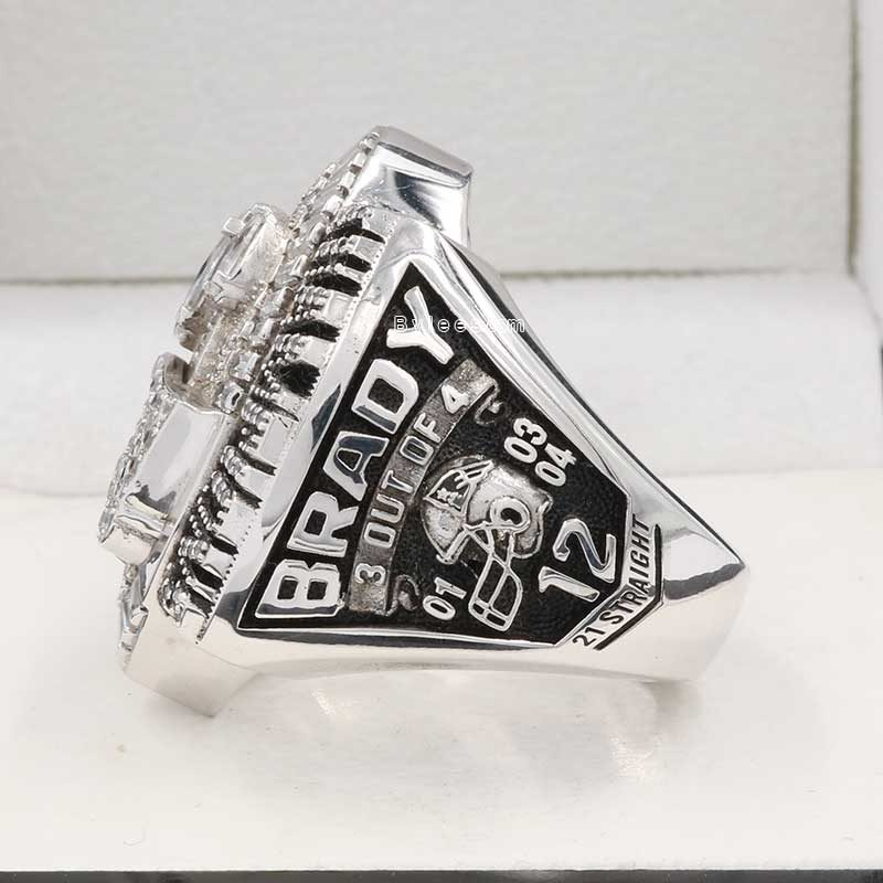 tom brady superbowl rings 2004