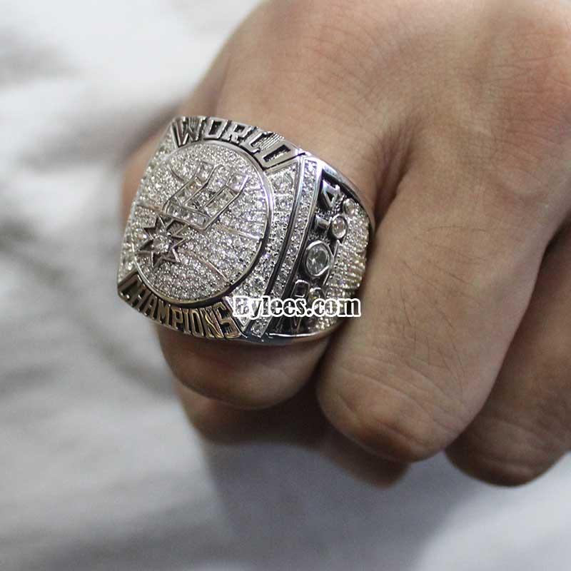 2014 San Antonio Spurs NBA Championship Ring (Fan 2 ...  2014 San Antoni...