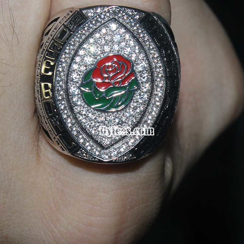 Oregon championship rings embrance one new member in the 2015 rose bowl game.