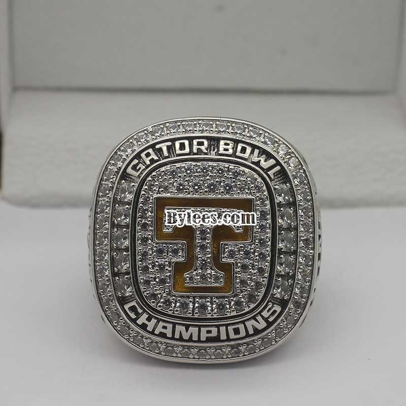 2015 Tennessee Volunteers TaxSlayer Bowl Championship Ring