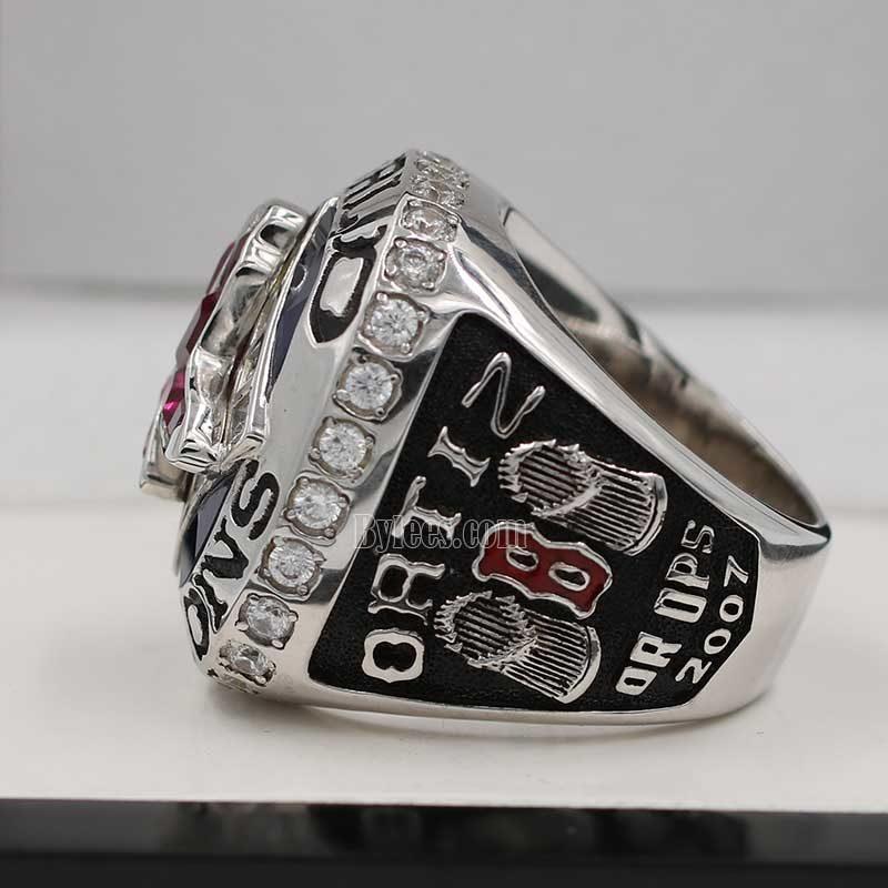 david ortiz world series rings(2007 World Series MVP)