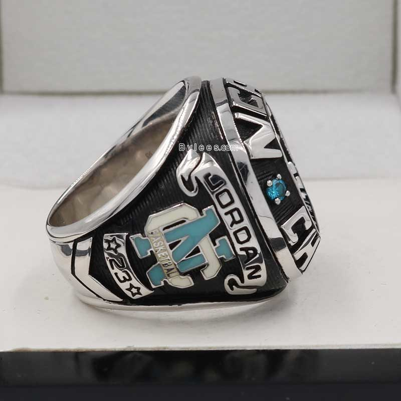 1982 North Carolina Basketball National Championship Ring