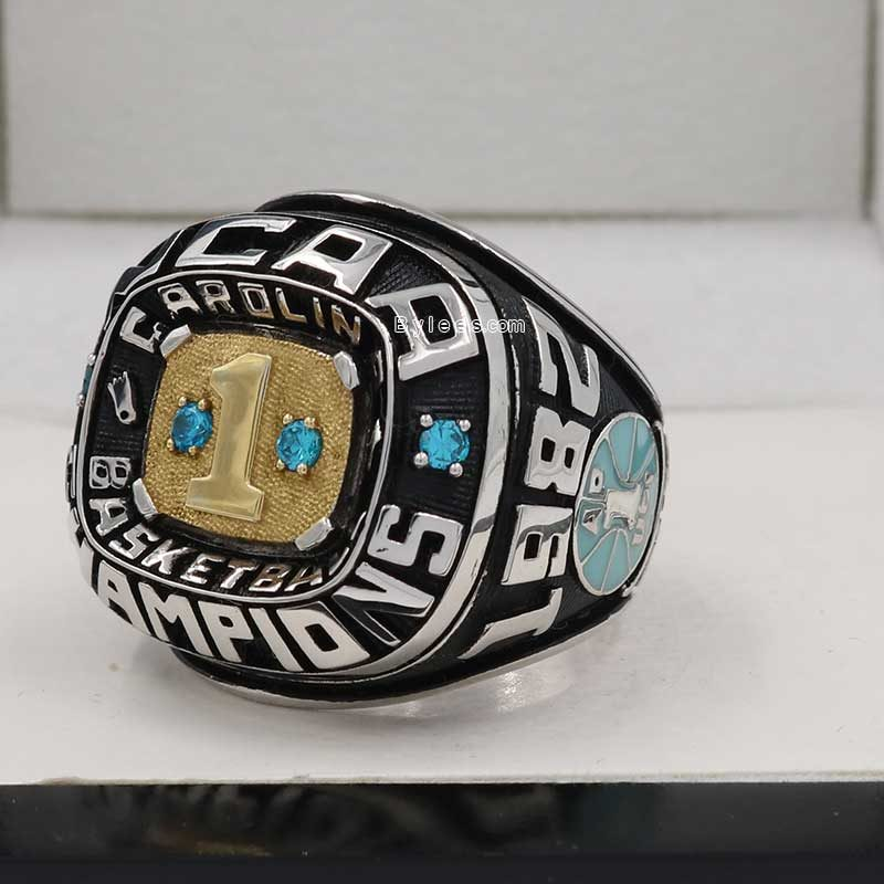 1982 North Carolina Tar Heels Basketball Championship Ring