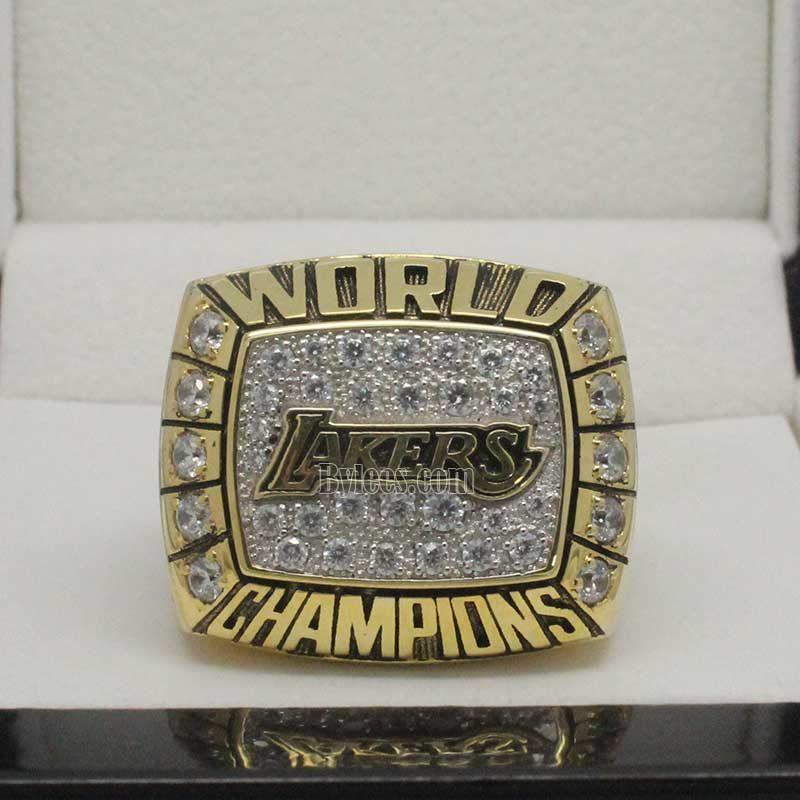 2000 lakers championship ring
