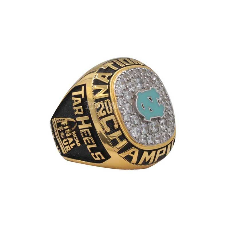 2005 NCAA Basketball National Championship Ring