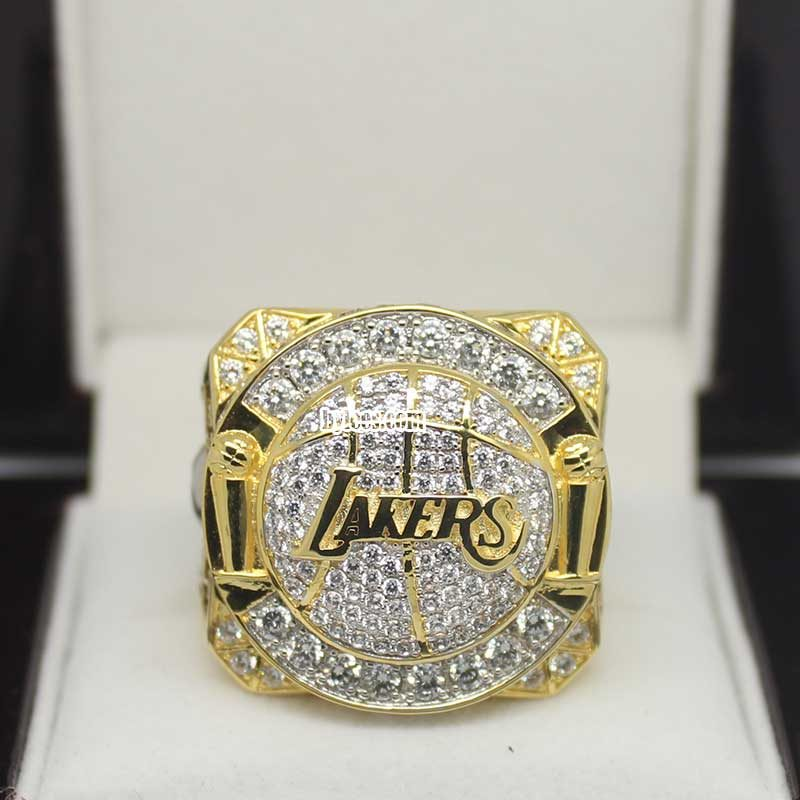2010 lakers ring