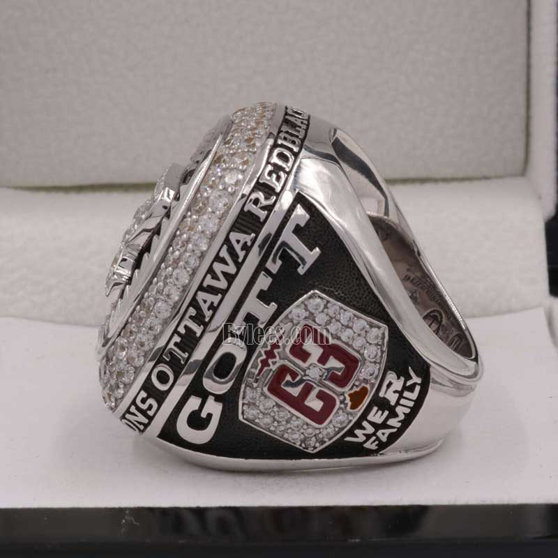 left side view of Ottawa Redblacks RING 2016