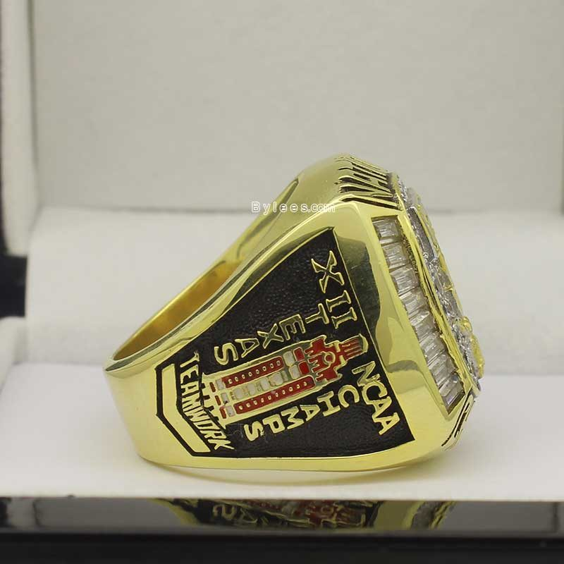 Texas 2005 baseball national championship ring