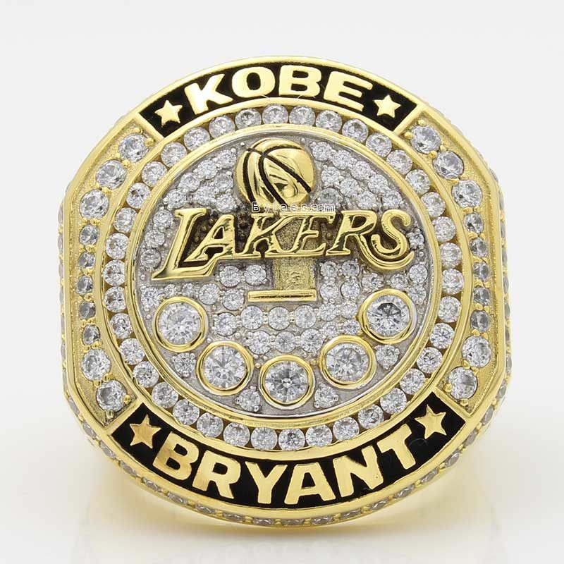 kobe retirement ring (larger front view)
