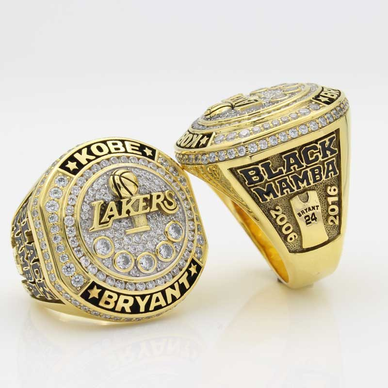 kobe retirement ring ( front view and side view in the same picture)