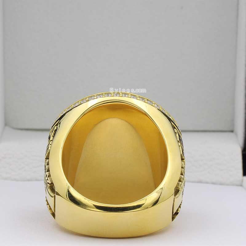 kobe retirement ring (back view)
