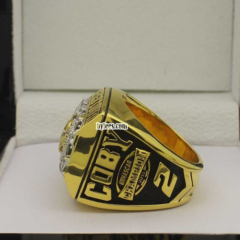 left side view of nascar championship rings 2015