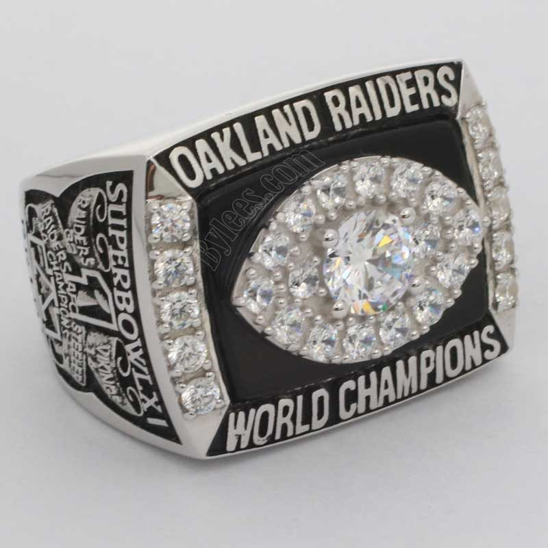 Oakland Raiders 1976 Super Bowl ring