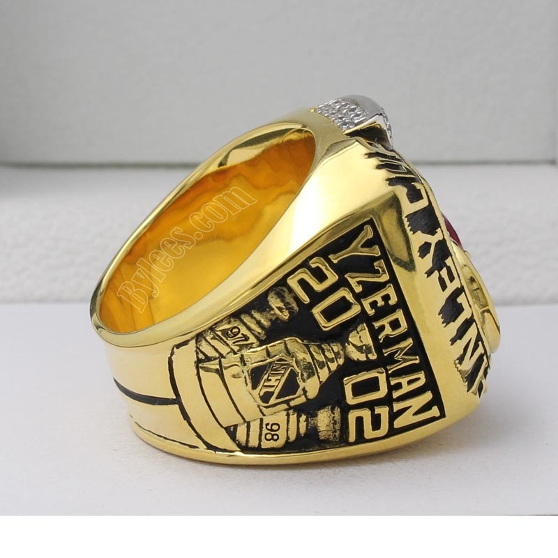 2002 Steve Yzerman stanley cup championship ring