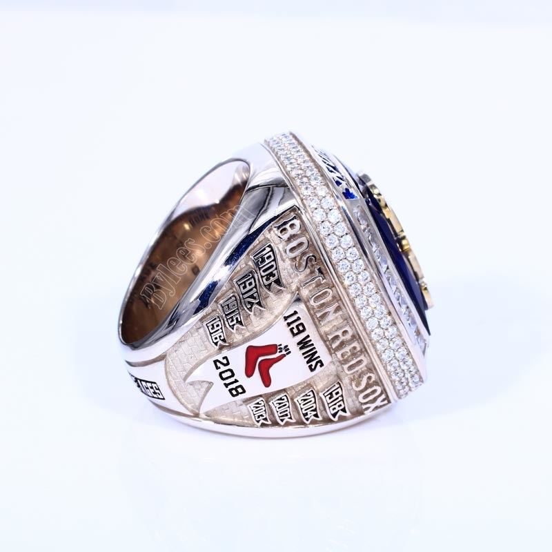 2018 world series championship ring